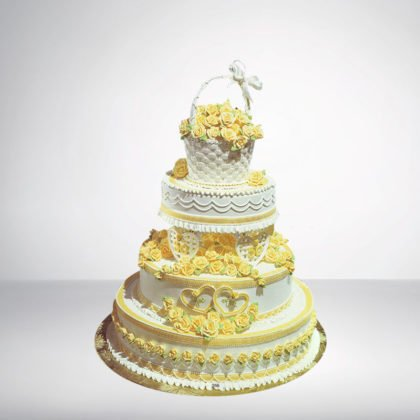3 Tier Round Shape Cake With Bouquet